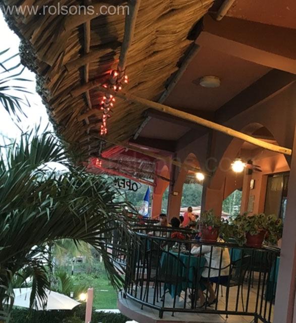 Rolson-Restaurant-mexican-belizean-food-cayp