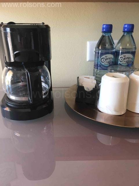 coffee-in-room-rolson-hotel