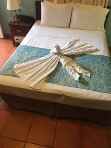 rolson-hotel-qeen-size-bed-belize